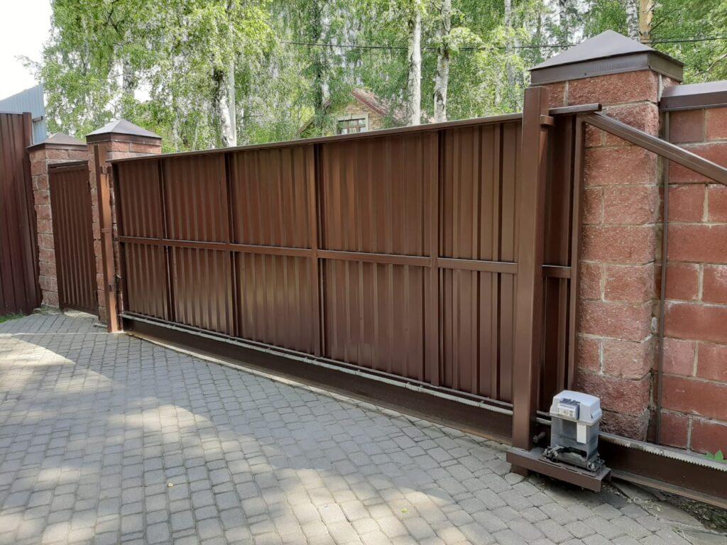увеличить просвет между воротами и плиткой